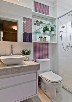 110 Absolutely Stunning Bathroom Decor Ideas And Remodel – Home Design Apartment Bathroom Design, Bathroom Layout, Bathroom Storage, Bathroom Interior, Small Bathroom, Bathroom Ideas, Mirror House, Modern Shower, Home Interior