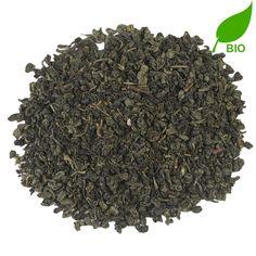 CHINA GUNPOWDER BIO   China Gunpowder - een absolute klassieker die elke theedrinkers zullen herkennen. De rokerige, groene thee is niet voor niets de meest gedronken groene thee. Past bij elk moment van de dag - of je nu aan het werk bent of aan het kletsen met vriendinnen. Doet wonderen voor je spijsvertering en werkt ontspannend.  