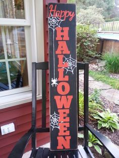 How to Make Scary Outdoor Halloween Decorations on a Budget – Wooden Halloween Signs Happy Halloween Sign Happy Halloween Banner, Wooden Halloween Signs, Happy Halloween Pictures, Halloween Wood Crafts, Feliz Halloween, Fröhliches Halloween, Halloween Greetings, Halloween Images, Outdoor Halloween