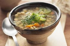 Revithosoupa: Flavorful Greek Chickpea Soup with Lemon