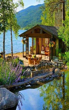 Cabins And Cottages: Image may contain: plant, tree, sky, house, outdoo. Lake Cabins, Cabins And Cottages, Mountain Cabins, Lake Mountain, Beach Cottages, Cabin Homes, Log Homes, Exterior Tradicional, Beautiful Homes