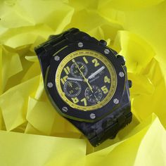 We are absolutely #buzzing about this #AudemarsPiguet #bumblebee #wristwatch in our new arrivals!!