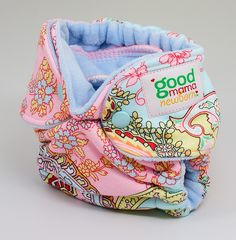 such cute cloth diapers.