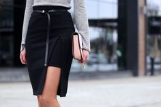 Marie's Bazaar rocked this skirt. Bodycon Skirt with slit. Slit Skirt, High Waisted Skirt, Babe, My Unique Style, Work Chic, Body Con Skirt, Business Attire, Fashion Details, Blouse