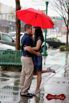 Don't let the rain stop your photo shoot!  www.sheliagodfreyphotography.com