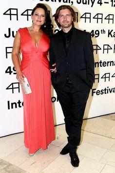 Díky taneční soutěži se seznámila se svým manželem Petrem Čadkem. One Shoulder, Stars, Formal Dresses, Fashion, Moda, Formal Gowns, La Mode, Black Tie Dresses, Fasion