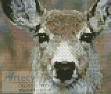 Mini Deer Face Cross Stitch Pattern http://www.artecyshop.com/index.php?main_page=product_info&cPath=11_12&products_id=53