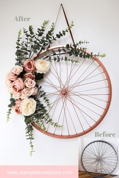 Repurpose And Recycle An Old Bike Wheel. Turn a bike wheel into a floral wreath by using some spray paint and some faux flowers. diy budget decor Repurpose And Recycle An Old Bike Wheel - Dainty Dress Diaries Bike Decorations, Decoration Evenementielle, Flower Decorations, Old Bicycle, Old Bikes, Bicycle Stand, Deco Nature, Creation Deco, Bike Wheel