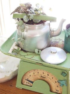 vintage scale with lovely kettle