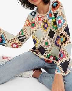 We have knitted more than the cardigan of this model 🥰 It is very beautiful as a blouse ❤️ Ã . Crochet Blouse, Crochet Lace, Crochet Stitches, Free Crochet, Crochet Designs, Diy Crafts Crochet, Rainbow Crochet, Pullover, Sewing