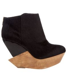FINSK Pony skin wedge shoe