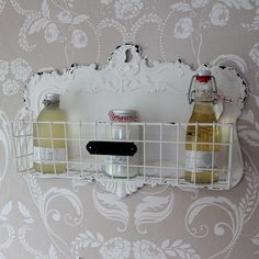 Wire basket shelf metal vintage retro wall hanging bathroom shower shampoo cream