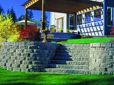 Retaining Wall Bi-Level Yard & Stairs, ManorStone - Natural