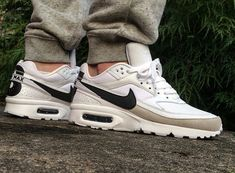 best sneakers f5403 8c719 Nike Air Max BW Big Window -  maikelboeve Chaussures Nike, Air Max  Classique,