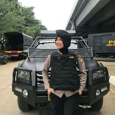Army Police, Indonesian Girls, Female Soldier, Beautiful Hijab, Galaxy Wallpaper, Hijab Fashion, Amelia, Girl Power, Taehyung