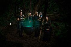 Creative Photography Workshops - Jenny Giles Photography Witches. Cauldron. Photoshop. Location photography. Magic. Props.