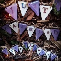 "New ""jUsT mArRieD"" bunting ready to show at our first wedding fair of the season at Roscoe's Bar Scarborough. #gekoglass #glass #bunting #white #purple #copper #inclusion #twine #wedding #bride #groom #venue #rusticwedding #vintagewedding #countryhome #handicraft #handmade #ooak #shabbychicwedding #bigday #scarborough #uk #roscoesbar"
