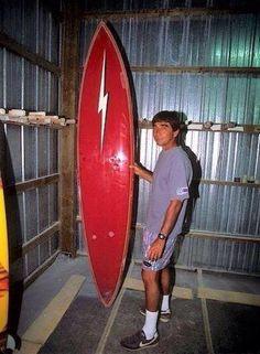 Gerry and the Lightning Bolt board Lightning Bolt Logo, Big Wave Surfing, Muscle Cars, Vintage Surf, Big Waves, Surfs Up, Surfboards, Retro, Beach