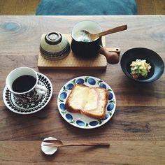 1分1秒が惜しい朝の貴重な時間にこそ、茹でたり、湯がいたり、温め直したり。 小回りの利くバターウォーマーが、大活躍してくれます! 食卓にそのまま出しても、不自然にならないのも魅力です♪