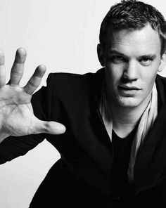 Obviously Manuel Neuer is the kind of human I would want to put down on my 'the' list, but he's basically an eye-candy. An eye-candy that made it to the list. Oh God, he's so frickin perfect.