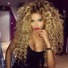 Fashion Women Natural Synthetic Wig Ombre Black to Blond Afro Kinky Curly Wigs Soft Healthy Wigs Curly Hair Styles, Big Curly Hair, Kinky Curly Wigs, Human Hair Wigs, Wavy Hair, Natural Hair Styles, Deep Curly, Thick Hair, Long Curly