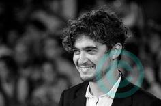 Ritratto di Riccardo Scamarcio di ETfoto su Etsy, €10.00