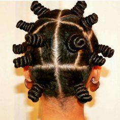 Penteados para cabelos crespos e cacheados: bantu knots