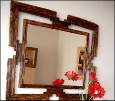 Espelho feito com jornal.  opção de cor e tamanho, Obs. Retirada no local, ou entrega pelo vendedor. R$ 100,00