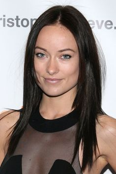 Pin for Later: Get a Close-Up of Olivia Wilde's Most Jaw-Dropping Beauty Moments November 2006 When she first stepped into the Hollywood spotlight, Olivia sported blond locks, but by 2006, her hair took on an inky hue.