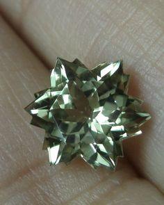 2.16 cts. Zultanite® Wobito Snowflake Cut 8mm [E038] - $2,160.00 : Zultanite™ Online Shop, Naturally Precious