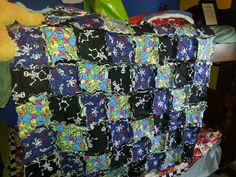 Other side of the blanket. Quilts, Blanket, Projects, Log Projects, Quilt Sets, Quilt, Rug, Log Cabin Quilts, Blankets