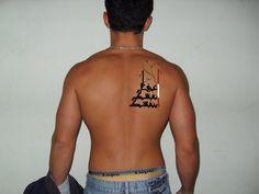 tatuagem feita com caligrafia árabe www.caligrafiaarabe.com