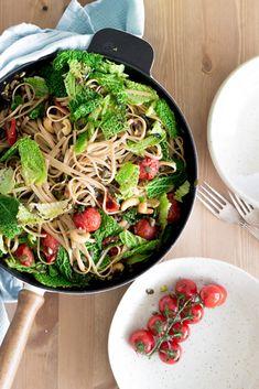 Winter Roasted Kale and Tomato Linguini - Dear Kitchen!