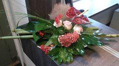 Bloematelier Fleur & Geur - Portfolio Table Arrangements, Floral Arrangements, Grave Decorations, Flora Design, Arte Floral, Ikebana, Diy Flowers, Flower Designs, Flower Art