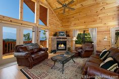 The Living Room at the Hawk's Vue cabin. Share a movie with your family, or just chill. #vacationcabins