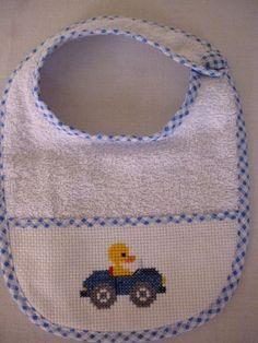 Cross Stitch For Kids, Cross Stitch Baby, Palestinian Embroidery, Bib Pattern, Stitch 2, Cross Stitch Designs, Baby Bibs, Sewing Projects, Sewing Patterns
