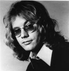 Warren Zevon:  Some country group has managed to rip off the music to, (Werewolves Of London); heard it recently on a digital jukebox.  That's no surprise really though.  Those kinds of thefts are so common that no one really cares anyway.  Just Sane