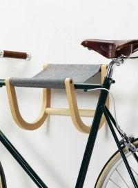 Porte vélo mural en bois