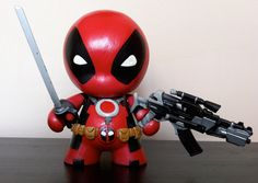 Deadpool Mini Munny by n3gative-0