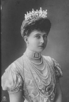 Queen Sophia of Greece wearing a diamond tiara