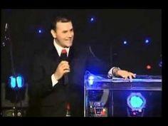 """Jose Bobadilla en Miami """"El Exito es Solo para los que Perseveran"""" Corona Latinoamerica - YouTube"""