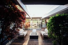 Taken by @encarnacionphotography this photo sent to us by Pamela Lin gazes into the open-air atrium of her beloved Eichler home. As the founder of San Francisco-based interiors studio @urbanismdesigns  Lin immediately fell in love with the house when she stumbled upon the listing and took it through a full-scale renovation. To submit your photo to be featured as our next Photo of the Week use#dwellPOW. by dwellmagazine