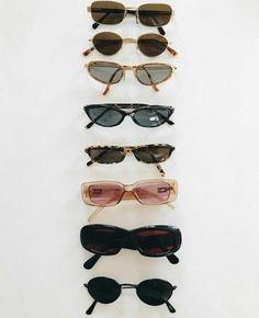 Summer is owning multiple pairs of sunnies . Cute Sunglasses, Sunnies, Sunglasses Women, Spring Sunglasses, Bijou Brigitte, Piercings, Jewelry Accessories, Fashion Accessories, Table Accessories
