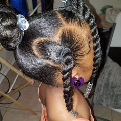 A selection of 15 easy Kids natural hairstyles. twists, natural hair braids, high buns, hairstyles accessorized with bows & more. Little Girls Natural Hairstyles, Cute Toddler Hairstyles, Kids Curly Hairstyles, Protective Hairstyles, Hairstyles For Black Kids, Mixed Baby Hairstyles, Black Hairstyle, Little Girl Braids, Top Knot