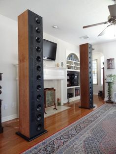 Massive linearray speakers built by Fred Thompson using 12 RS180 woofers and 9 Neo8 tweeters with a DEQX active crossover.