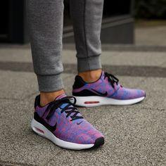 NIKE AIR MAX TAVAS 705149603   kolor CZERWONY   Męskie Sneakersy   Buty w ✪ Sklep Sizeer ✪