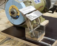 Bench grinder table rest