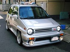 Honda City Turbo II I want one very much Retro Cars, Vintage Cars, Supercars, Honda Hatchback, Soichiro Honda, Classic Japanese Cars, Nissan, Kei Car, Honda City