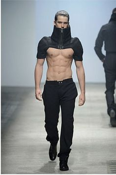 futuristic outfit for men Moda Cyberpunk, Cyberpunk Fashion, Fashion Week, Mens Fashion, Fashion Outfits, Runway Fashion, Gothic Fashion, Fashion Poses, Steampunk Fashion