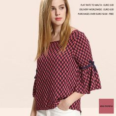 Stand out in an ana morena blouse .. www.anamorena.eu